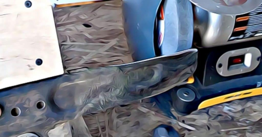 How to Sharpen Lawn Mower Blade with a Bench Grinder